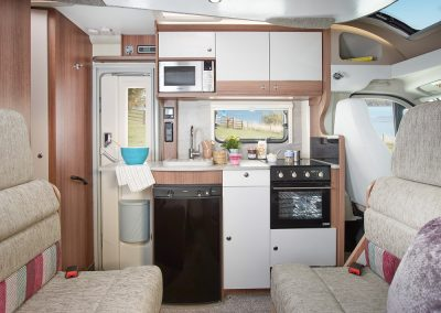 Bailey Alliance 70-6 dining kitchen