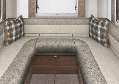 Swift Escape 685 U-shaped lounge