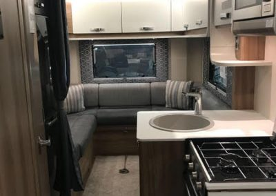 Swift Escape 685 kitchen