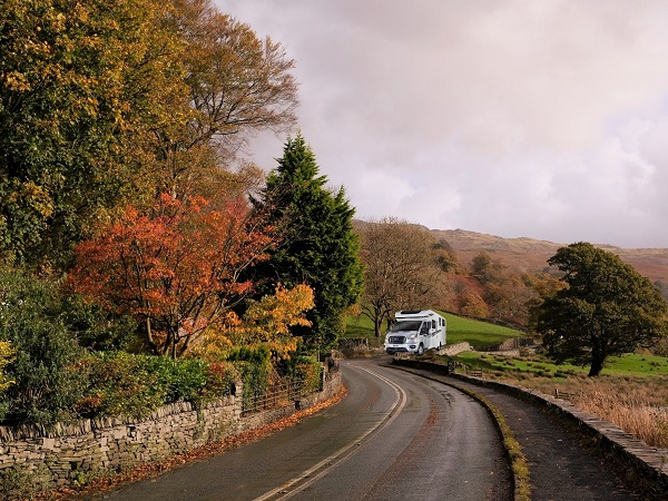 Top Motorhome Driving Tips for First Timers