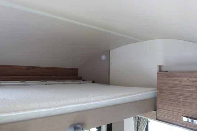 Swift Edge 494 drop-down bed